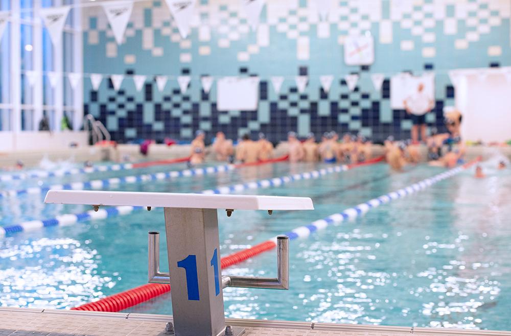 DMB op post tijdens de eerste grote afspraak van het zwemseizoen